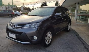 Toyota Rav4 2.0 D-4D 2WD Active completo