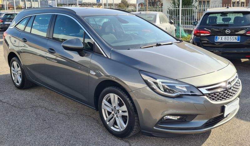 "Opel Astra 1.6 CDTi Sports Tourer Business ""NAVI-CRUISE-PDC-LED"" completo"