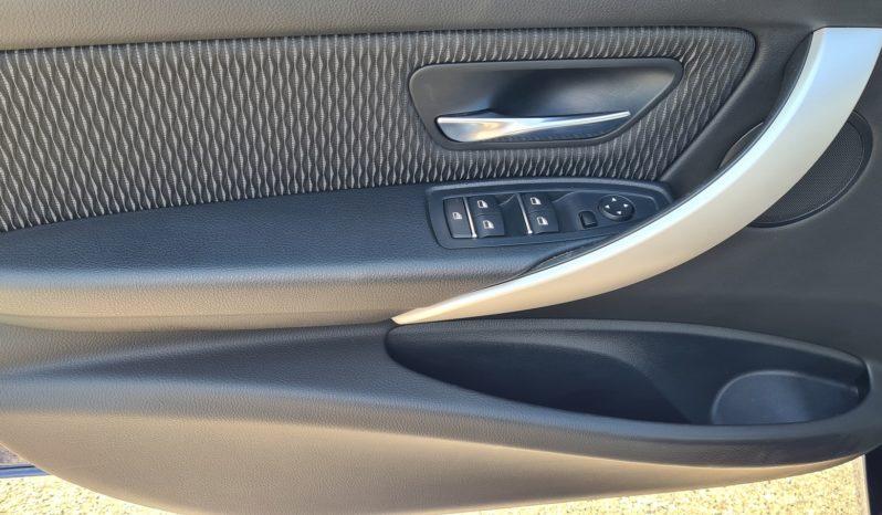 """BMW 318D Touring Advantage aut. """"NAVI-PDC-CRUISE"""" completo"""