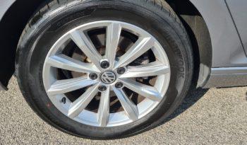 Volkswagen Passat Variant 1.6 TDI SCR DSG-RADAR-NAVI-PDC completo