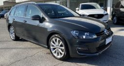 "Volkswagen Golf Variant 2.0 TDI DSG Executive BlueMotion ""PDC-NAVI-CRUISE"""