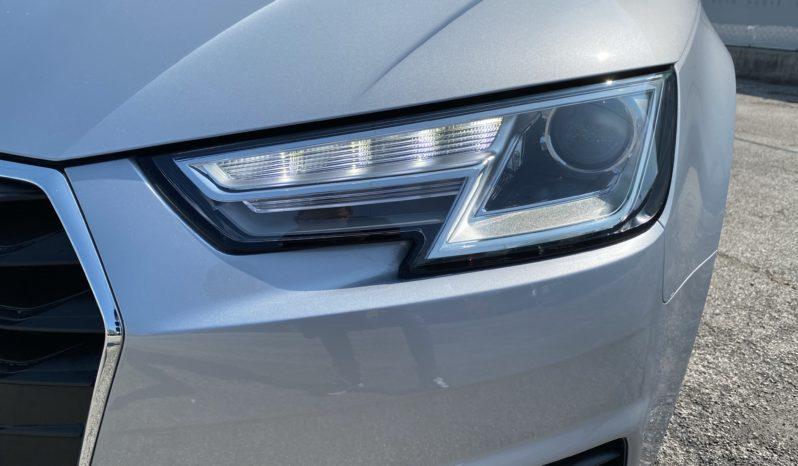 "Audi A4 Berlina 2.0 TDI 150 CV Business ""LED-NAVI-CRUISE"" completo"