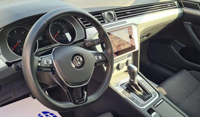 "Volkswagen Passat Variant 1.6 TDI SCR DSG Business ""PDC-NAVI-CRUISE"" completo"